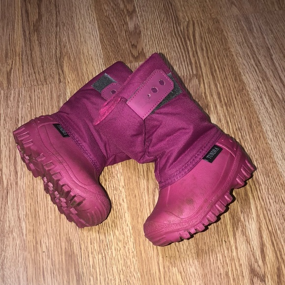 Tundra Other - Pink Winter Boots